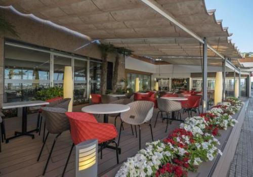 Ferretti - 6242d-restaurant-ferretti-rosamar03.jpg