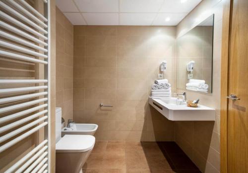 Hotel Acapulco - 8c941-hotel-acapulco-habitacion-3d0d9b7.jpg